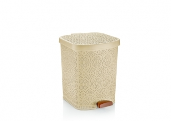 Lacy Pedal Dustbin No: 3 (22 lt)